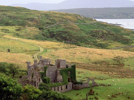 Clifden-Castle-County-Galway-Ireland